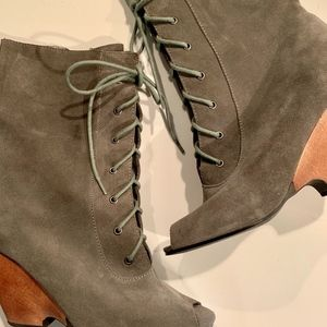 Urban Outfitters Open Toe Boots | 7.5